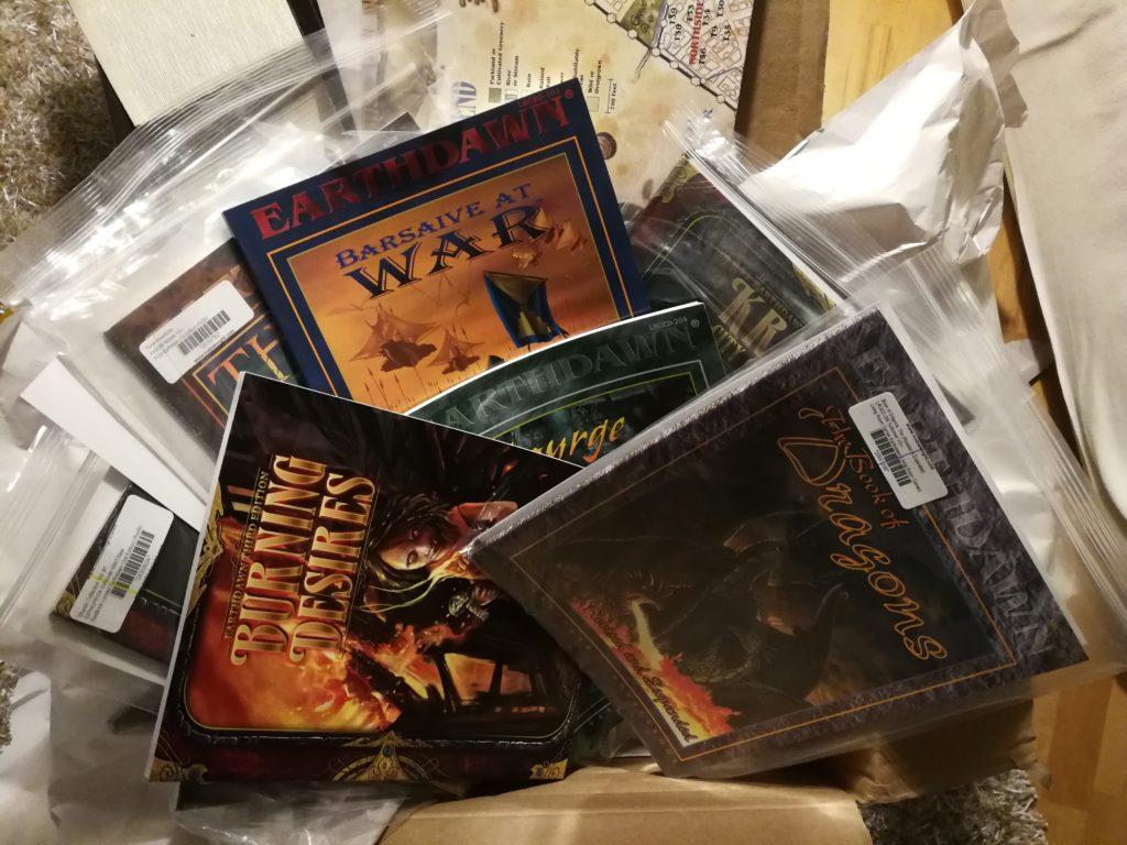 gebrauchte Earthdawn Bücher ausgepackt